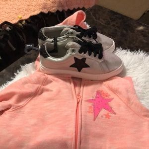 Shoes and hoodie